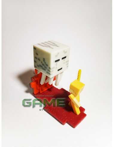 Фигурка конструктор Minecraft Стив в золотой броне сражается с Гастом