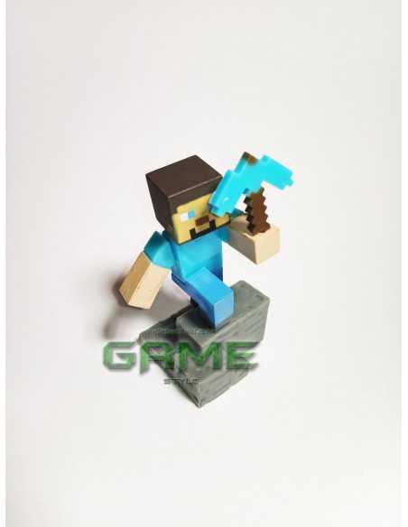 Фигурка конструктор Minecraft Стив с киркой